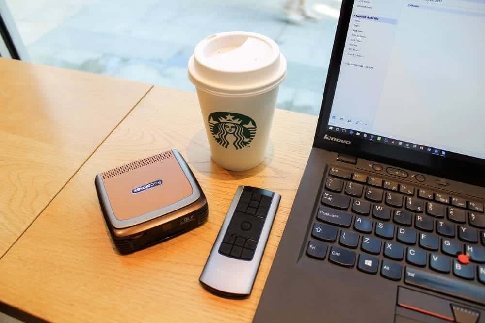 Digital nomad working from Starbucks